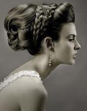 Image courtesy of http://jotzoom.com/grecian-goddess-wedding-updo-hair/f8044/