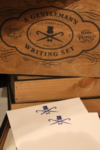 Raindrops on Roses: Old fashioned writing set for the traditional gent.